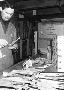 Over ons - Montage houten schaatsen 1945